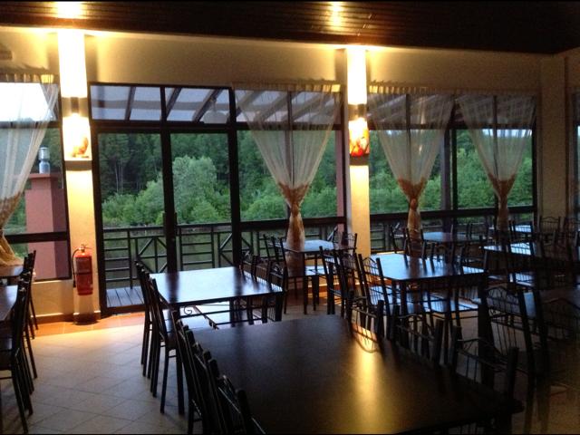 Cassiopeia Riverside Restaurant Labuan 2012 3